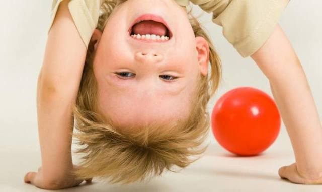 Гиперактивный ребенок: признаки, симптомы, причины гиперактивности, диагностика, лечение.