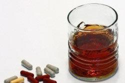 Колдрекс и алкоголь: совместимость, последствия, через сколько можно пить