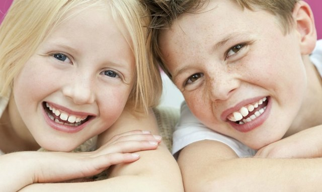 Химическое отбеливание зубов: подготовка, последствия, противопоказания,