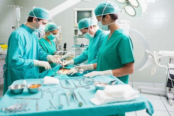 Доброкачественные опухоли толстого кишечника: причины, симптомы, методы диагностики и лечения